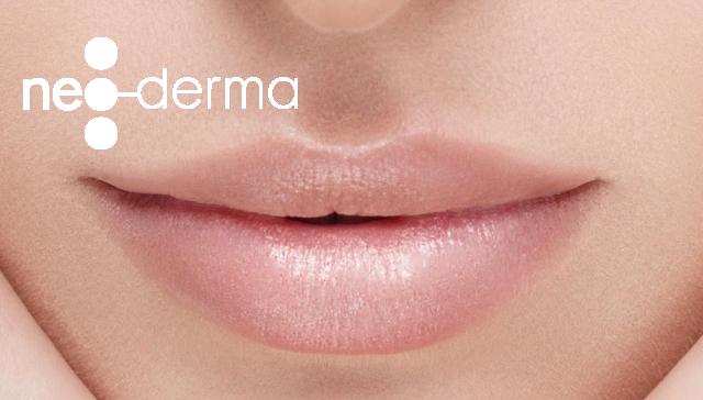 lèvres et bouche par maquillage permanent